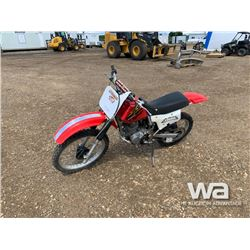 2001 HONDA XR200 DIRT BIKE