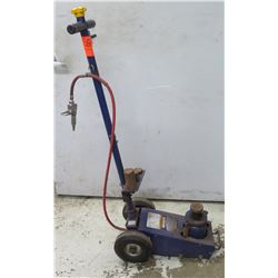 Napa Professional Lifting Equipment 22 Ton Floor Jack w/ Air Hose