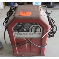 Lincoln Electric AC/DC Arc Welder w/ Welding Hoses