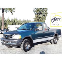 A9 --  1997 FORD F150  , Green , 273852  KM's