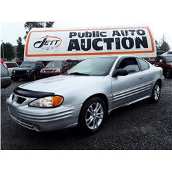 A12A --  2002 PONTAIC GRAND AM , Silver , 202562  KM's
