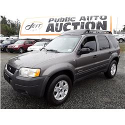 F4 --  2002 FORD ESCAPE XLT , Blue , 237970  KM's