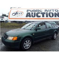 L4 --  1999 VW PASSAT GLS  , Green , 254587  KM's