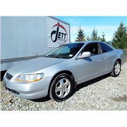 A5 --  2000 HONDA ACCORD EX  , Silver , 304715  KM's