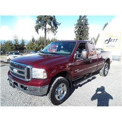 K4 --  2006 FORD F350 EXT CAB DIESEL FX4 , Red , 311412  KM's