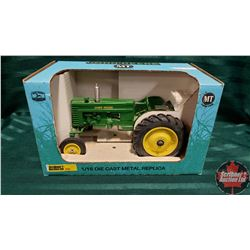 Farm Toy : John Deere MT Tractor (1/16 Scale)
