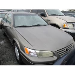 TOYOTA CAMRY 1998 SALV T/DONATION