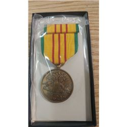 AUTHENTIC MILITARY MEDAL - REPUBLIC OF VIETNAM SERVICE