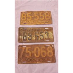 THREE SASKATCHEWAN LICENSE PLATES (2-1940, 1-1948)