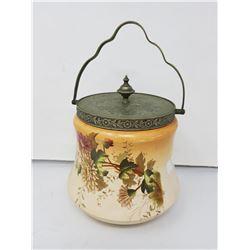 biscuit jar circa 1921