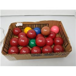 lot of snooker balls