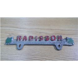 RADISSON PLATE TOPPER
