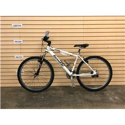 WHITE BRODIE VOLTAGE FRONT SUSPENSION HYBRID MOUNTAIN BIKE