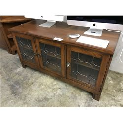 TRADITIONAL CHERRY 5' GLASS FRONT TV CONSOLE