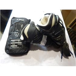 FNDN HEATED GLOVES AND SIZE 7 SOLOMON ROLLER BLADES