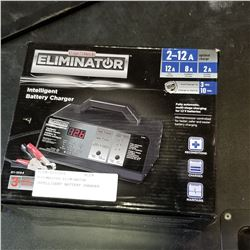 MOTOMASTER ELIMINATOR INTELLIGENT BATTERY CHARGER
