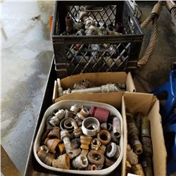 LOT OF HYDRAULIC CONNECTORS