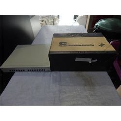 SECURITY SYSTEM CONTROL KEYBOARD AND 1 CHANNEL DVR