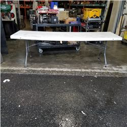 8 FOOT MARKET TABLE WITH FOLDING LEGS