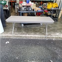 FOLDING LEG 6FT MARKET TABLE