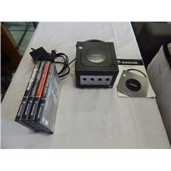 NINTENDO GAME CUBE AND 4 GAMES