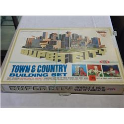 SUPER CITY TOWN AND COUNTRY BUILDING SET