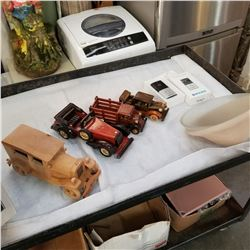 BOX OF WOODEN CARS, SMART DOOR BELL, AND 2 GLASS SHADES