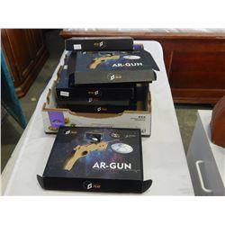 8 AR GUN GEEK PLAY PHONE TOYS