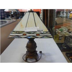 SMALL LEADED TIFFANY STYLE LAMP