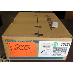 Case of 12 Pints Weld-On 711 Gray for PVC 10121