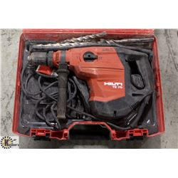 HILTI TE-70-AVR ROTARY HAMMER AND EXTRA BITS