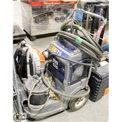 GRACO GTS4900 PAINT SPRAYER.