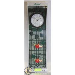 KITCHEN ORGANIZER AND QUARTZ CLOCK