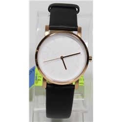 NEW DKNY SOHO WHITE FACE LEATHER STRAP WATCH $219