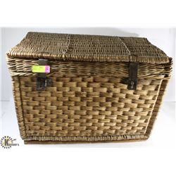 WICKER TRUNK.