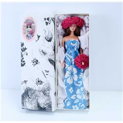 COLLECTIBLE CUSTOM BARBIE-ALOHA FROM HAWAII