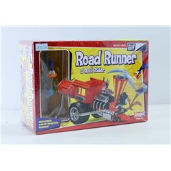 SEALED SNAP IT ROAD RUNNER AND THE RAIL RIDER