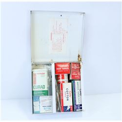 CURITY VINTAGE FIRST AID KIT.