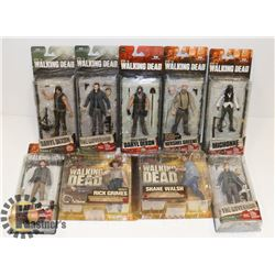 LOT OF ASSORTED WALKING DEAD FIGURES.