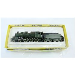 TRIX INTERNATIONAL HO 2408 MODEL TRAIN.