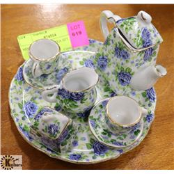 10PC MINIATURE CHINA TEA SET.