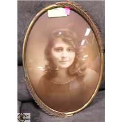 ANTIQUE OVAL CURVED GLASS PICTURE.