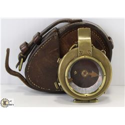 VINTAGE 1917 PITKIN 52951 COMPASS WITH CASE.