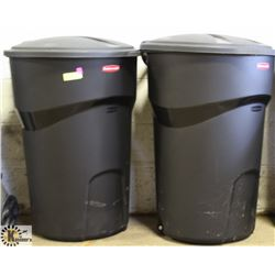 TWO NEW RUBBERMAID ROUGHNECK CONTAINERS WITH LIDS