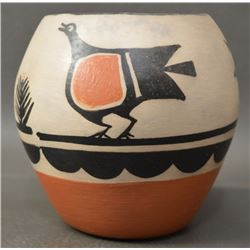 SANTO DOMINGO INDIAN POTTERY JAR (PAULITA PACHECO)