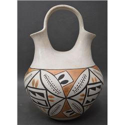 ACOMA INDIAN POTTERY WEDDING VASE ( JESSIE GARCIA)