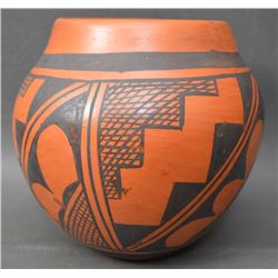 HOPI INDIAN POTTERY OLLA (LAURA TOMASIE)