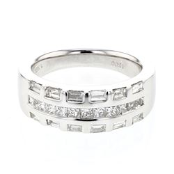 0.91 CTW Princess Diamond Ring 18K White Gold - REF-128Y4X