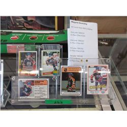 5 Wayne Gretzky O-Pee-Chee Cards in Holders