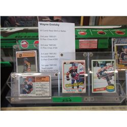 4 Wayne Gretzky O-Pee-Chee Cards in Holders